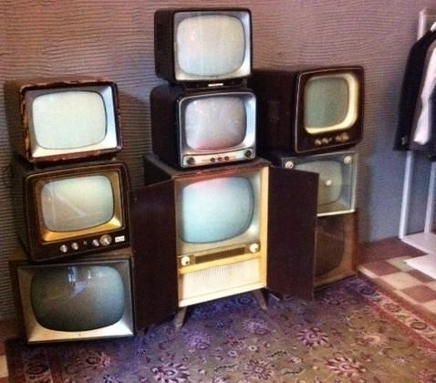 foto GRUPPO TV  LEGNO