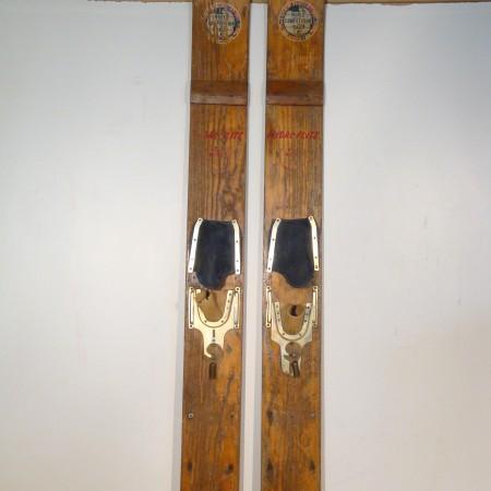 sci nautici legno 1